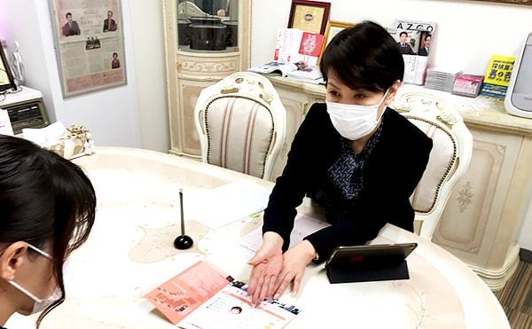 面談時にはマスク着用・手の消毒など徹底したコロナ対策を実施しています。